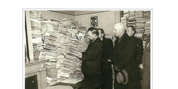 Hun kleine oorlog. De invloed van de Tweede Wereldoorlog op het literaire leven in België.