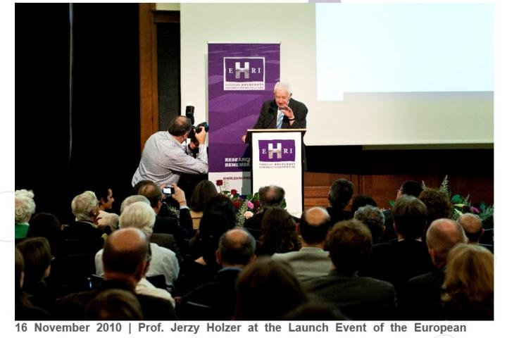 16 November 2010. Prof. Jerzy Holzer at the Launch Event of the European Holocaust Research Infrastructure, the Royal Museum of Art and History, Brussels. Copyrights EHRI.