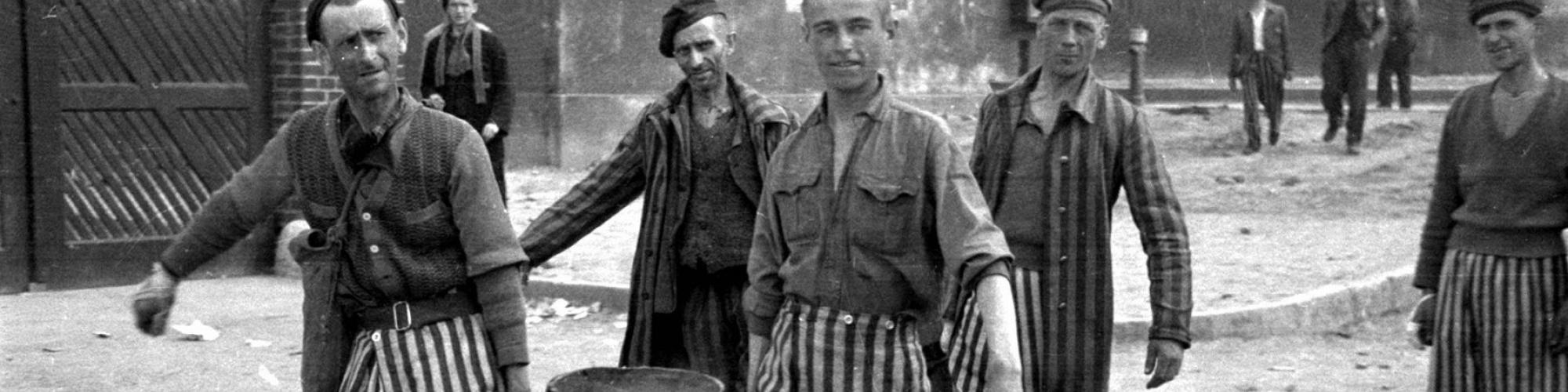 Photo Raphaël Algoet, Buchenwald avril 1945 © CegeSoma/Archives de l'Etat